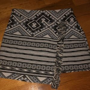Top Shop Aztec skirt